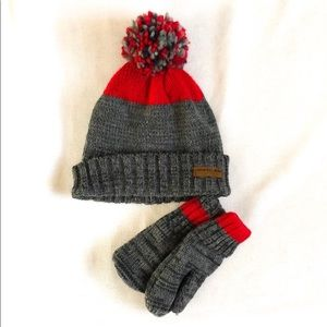 Carter's Matching Hat & Gloves